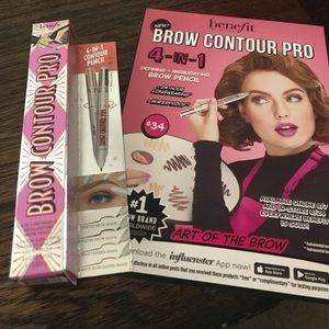 Benefit brow contour